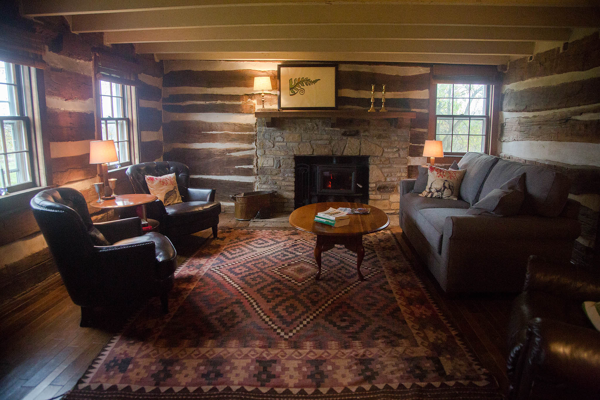 Cabin Living Room - Mt Folly